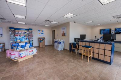 Life Storage office at 1414 N Rand Rd in Arlington Heights
