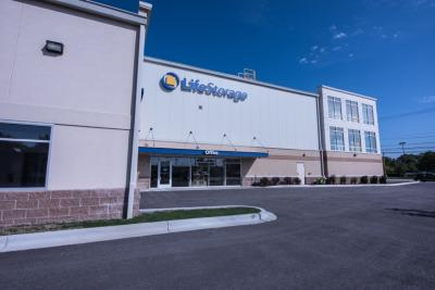 Miscellaneous Photograph of Life Storage at 1414 N Rand Rd in Arlington Heights