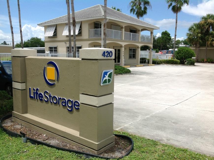 Storage Units In Port Saint Lucie Near St Lucie West