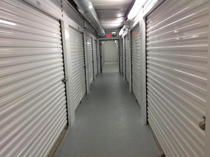 Storage Units For At Life 420 Nw Pea Blvd In Port Saint Lucie