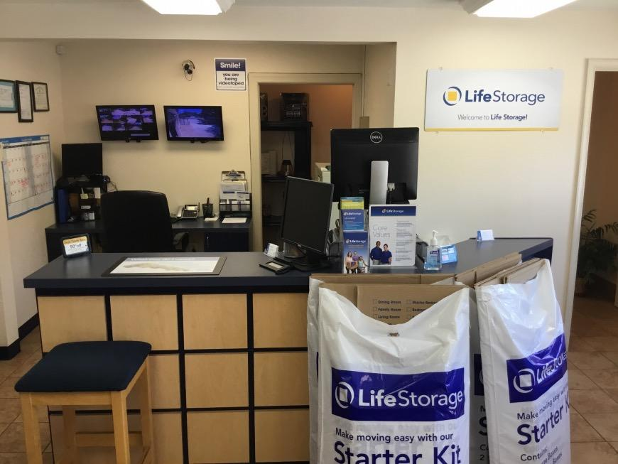 Life Storage Office At 10429 Jefferson Avenue In Newport News