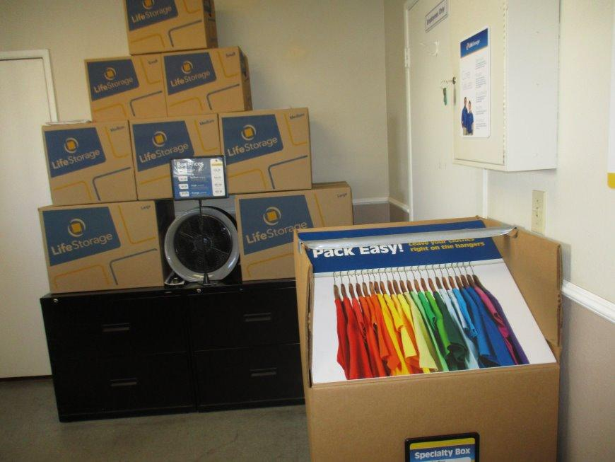 ... Miscellaneous Photograph Of Life Storage At 10025 Muirlands Blvd In  Irvine ...
