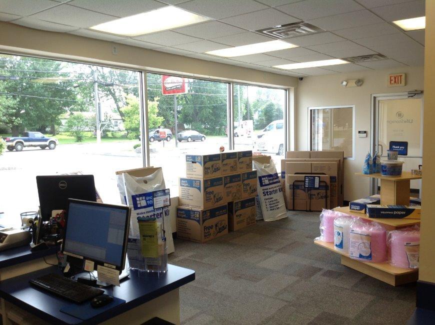 Life Storage In Lackawanna 1348 Ridge Rd Rent Storage