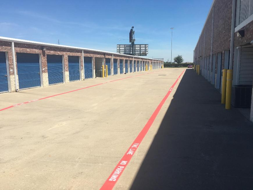 Storage Units For At Life 2710 Denton Tap Rd In Lewisville