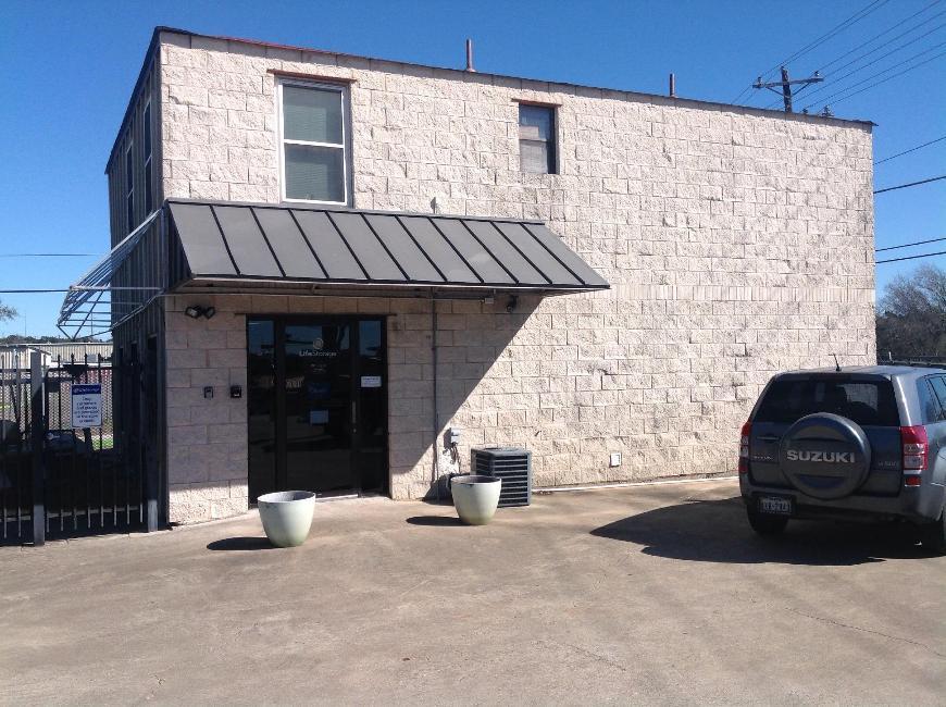 Filter Results. Storage Units & Storage Units at 10800 Highway 290 W - Austin - Life Storage #543