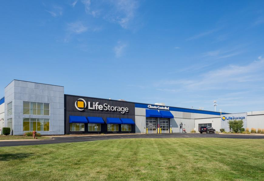 Filter Results. Storage Units & Storage Units at 7700 W 79th St - Bridgeview - Life Storage #556