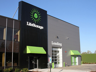 Life Storage Buildings at 1950 N Washington St in Naperville