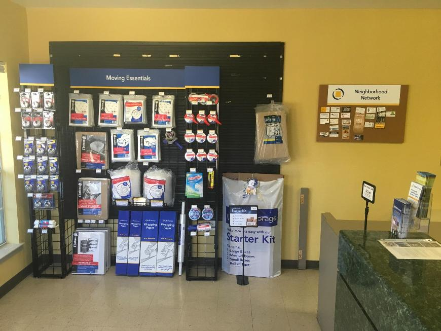 Moving Supplies For At Life Storage 500 Buckingham Rd In Richardson