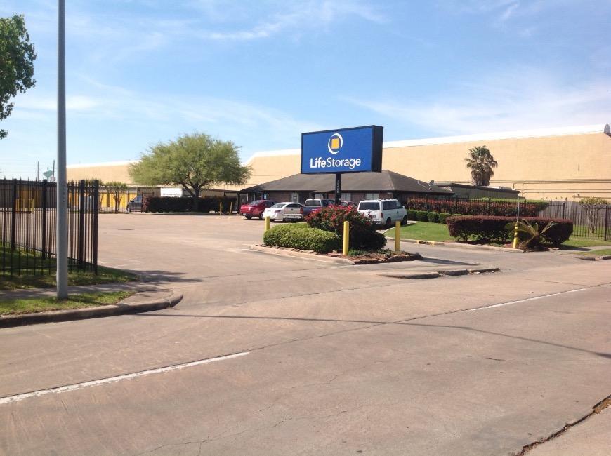 Self Storage Units Near Houston 12455 Westpark Dr