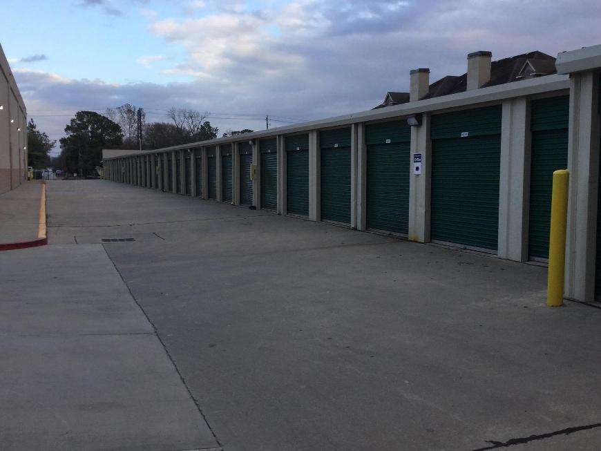 Life storage in houston tx near shady acres rent for Storage 77080