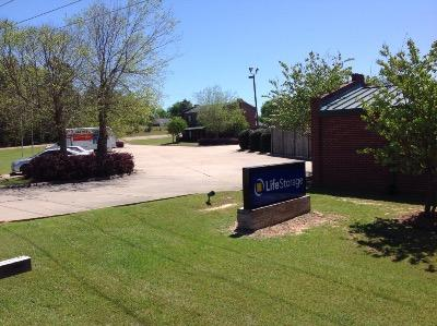 Miscellaneous Photograph of Life Storage at 5491 Plaza Dr. in Flowood