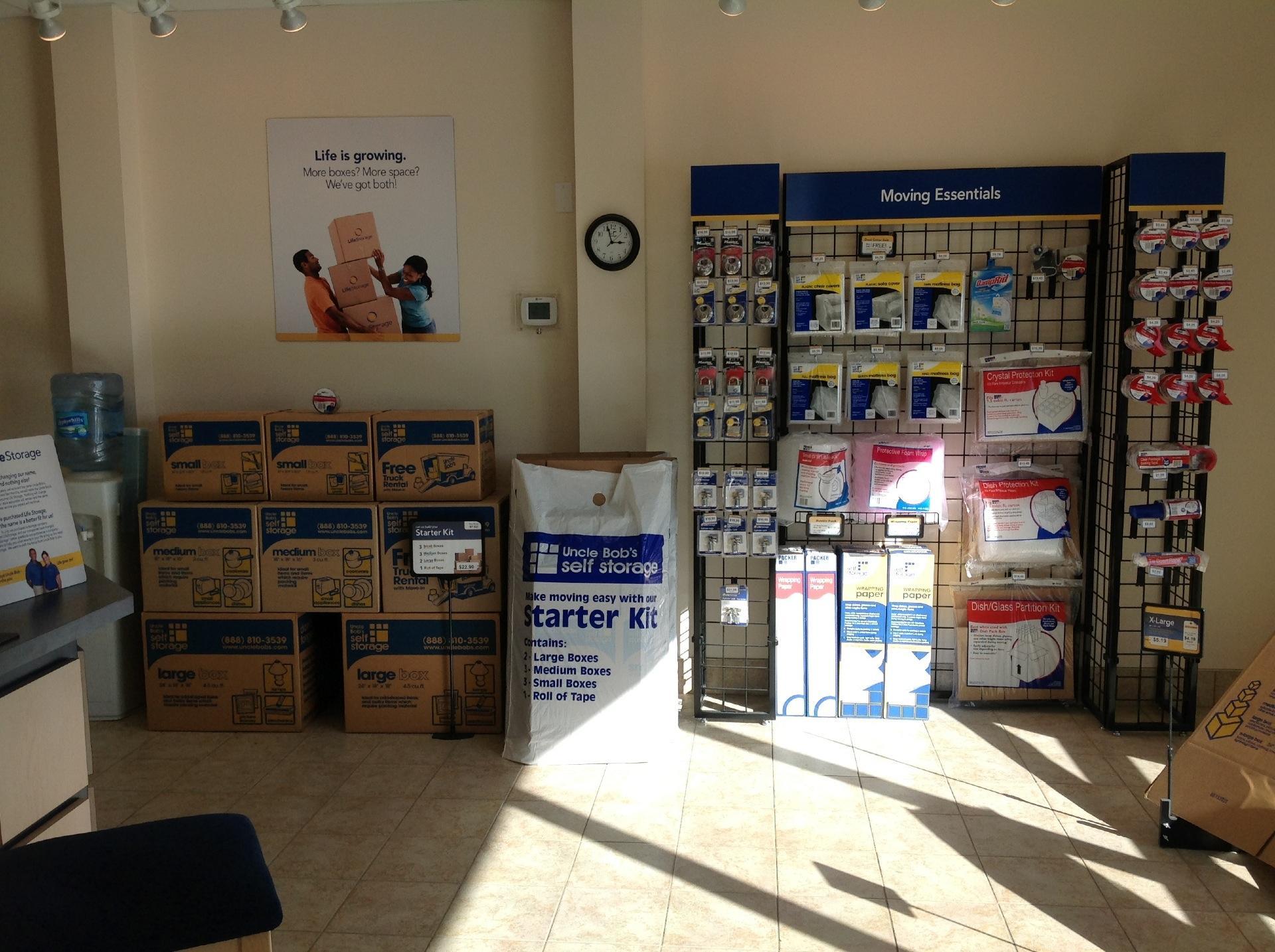 Life Storage near Wilson Gardens, Melbourne FL   Rent Storage ...