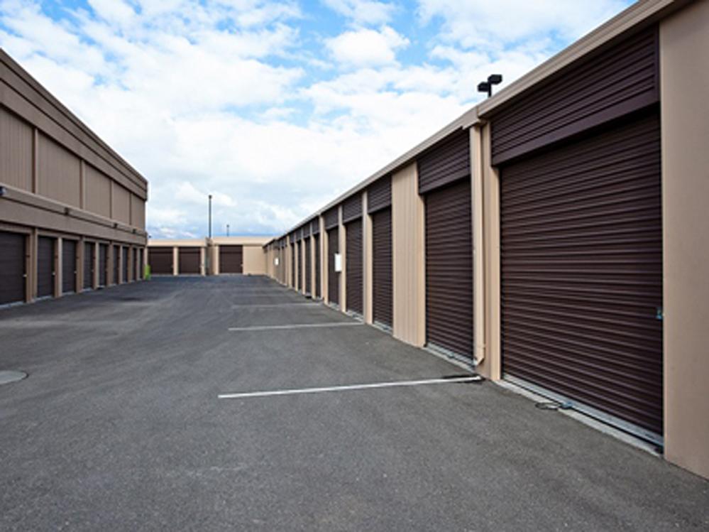 life storage in north las vegas 4480 berg st rent storage units 592. Black Bedroom Furniture Sets. Home Design Ideas