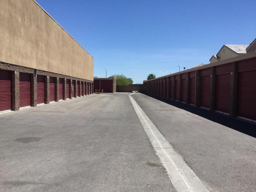 Storage Units For At Life 6545 W Warm Springs Rd In Las Vegas