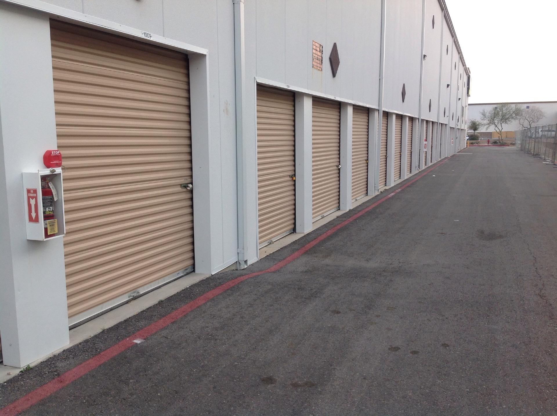 life storage near centennial hills las vegas nv rent storage units 603. Black Bedroom Furniture Sets. Home Design Ideas