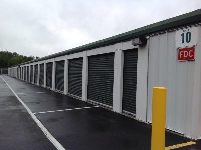 Storage Units for rent at Life Storage at 1236 S Vineland Rd in Winter Garden