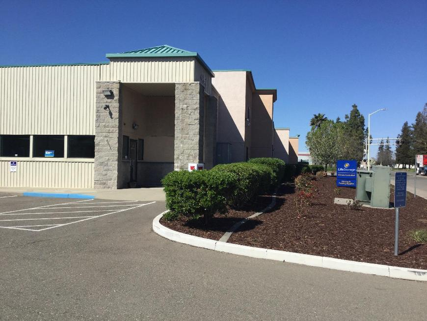 Filter Results. Storage Units & Storage Units at 4161 Pell Dr. - Sacramento - Life Storage #613