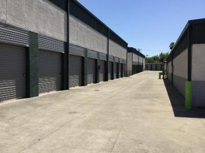 Storage Units for rent at Life Storage at 1300 El Camino Ave in Sacramento