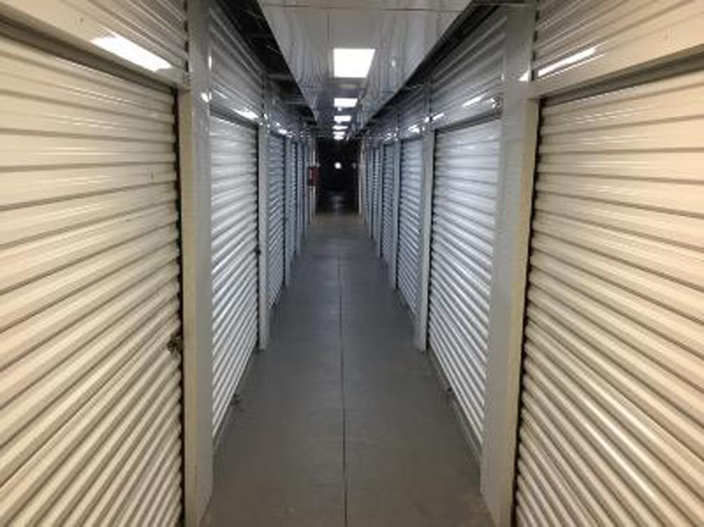 Life storage near old north sacramento sacramento ca for Carmichael storage