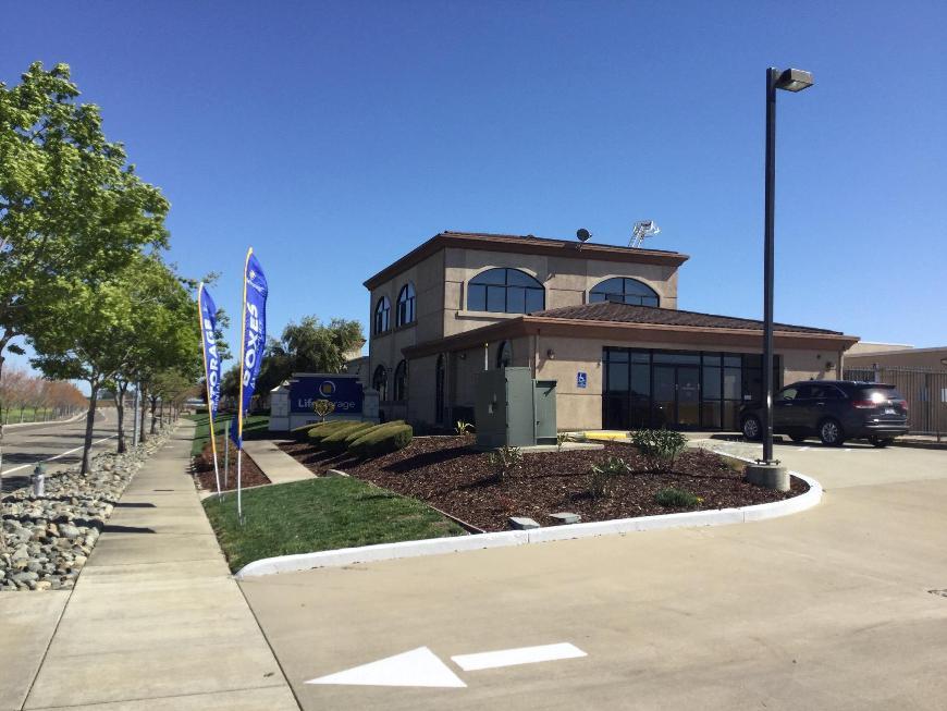 Filter Results. Storage Units & Storage Units at 3800 Bayou Way - Sacramento - Life Storage #617
