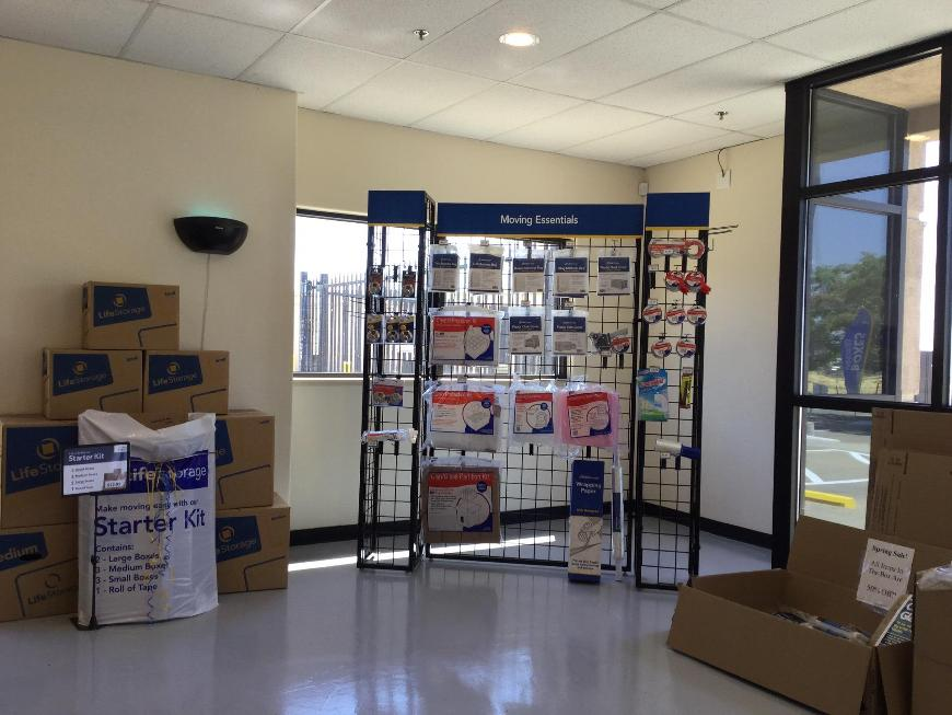 Life Storage In Sacramento Ca Near Westlake Rent