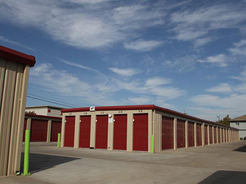 Life storage near florin fruitridge industrial park for Carmichael storage