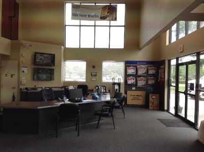 Life Storage office at 4020 Curry Ford Road in Orlando
