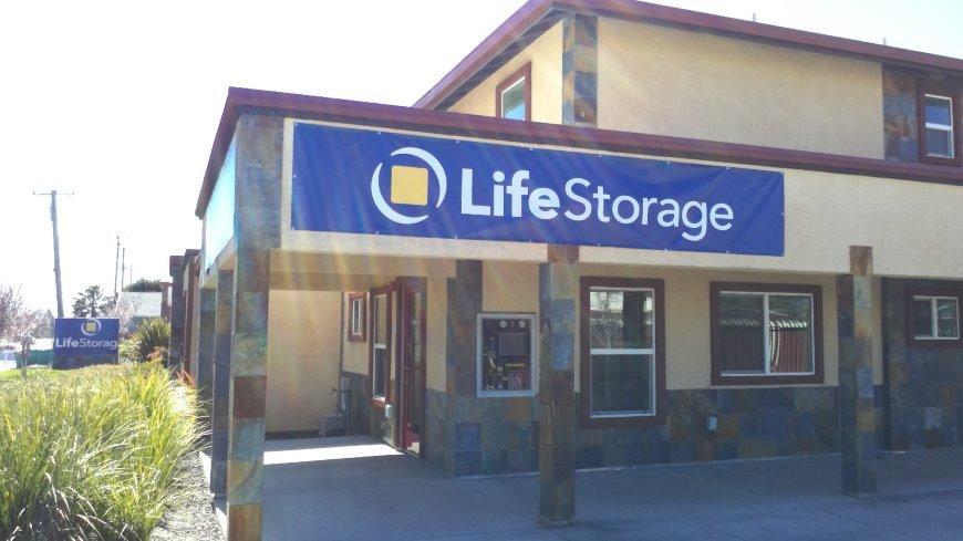 Storage units in West Sacramento near Sacramento - Storage