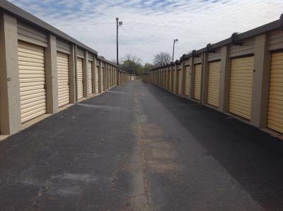 Storage Units for rent at Life Storage at 2895 Vaughn Plaza Road in Montgomery