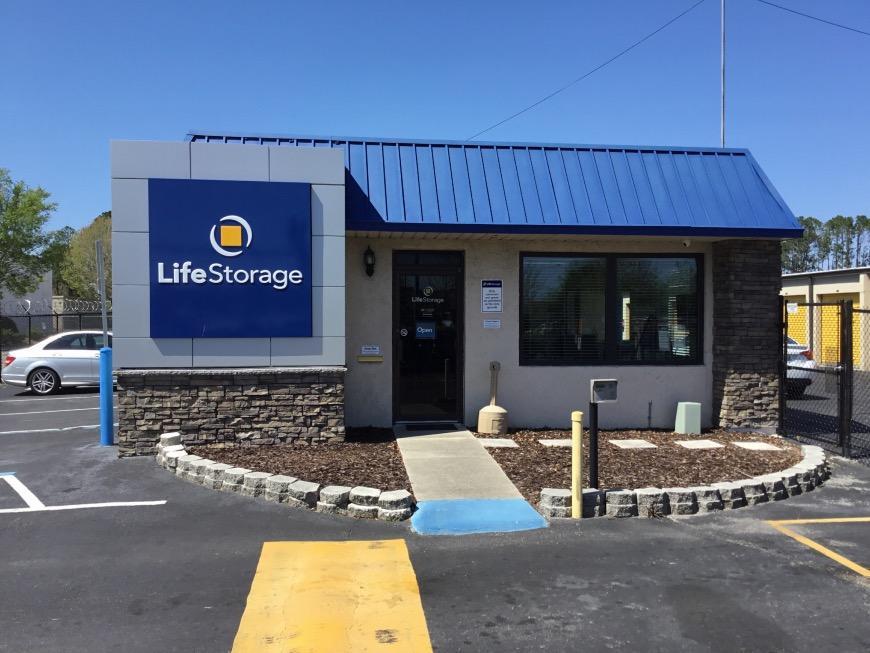 Office u0026 Access Hours for Life Storage #67 Orange Park & Storage Units at 918 Blanding Blvd - Orange Park - Life Storage #067