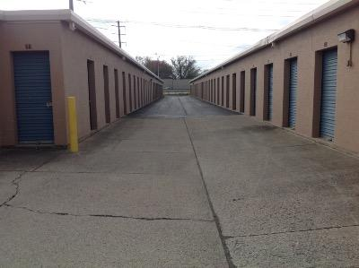 Storage Units for rent at Life Storage at 1500 Browns Lane in Louisville
