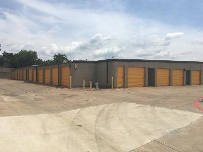 Storage Units for rent at Life Storage at 4114 Broadway Blvd in Garland
