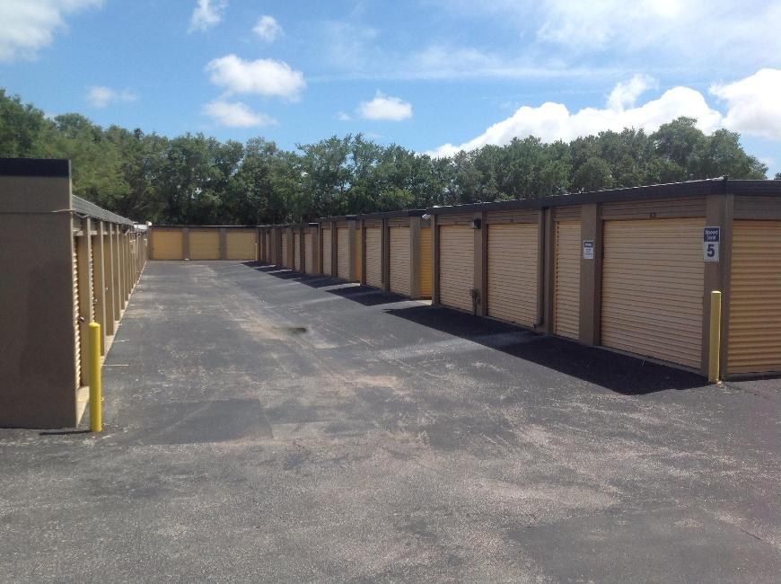 Storage Units For At Life 1844 N Belcher Rd In Clearwater