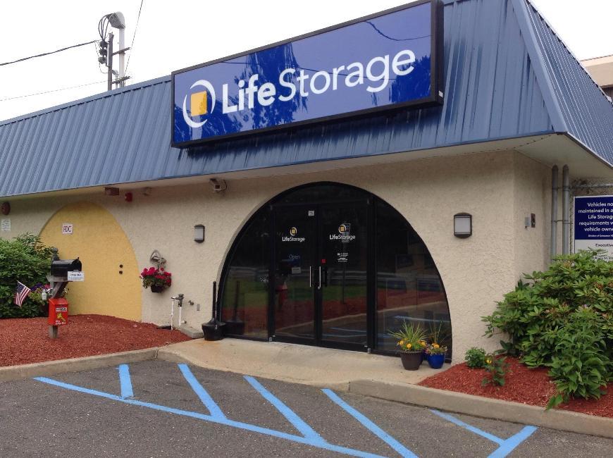Life Storage 733