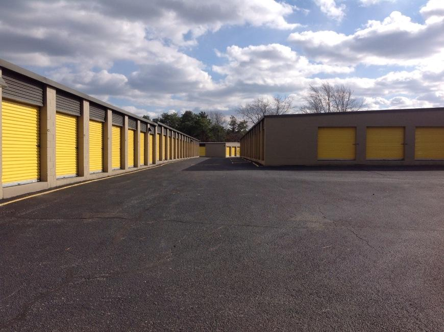 & Storage Units at 165 Brick Blvd - Brick - Life Storage #735