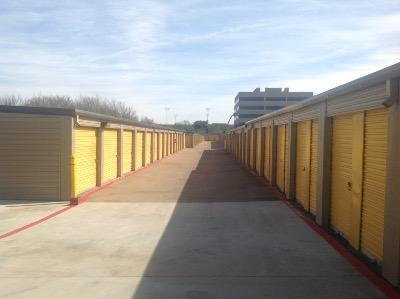 Storage Units for rent at Life Storage at 6162 Southwest Blvd in Benbrook