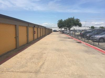 Storage Units for rent at Life Storage at 4005 W Plano Pkwy in Plano