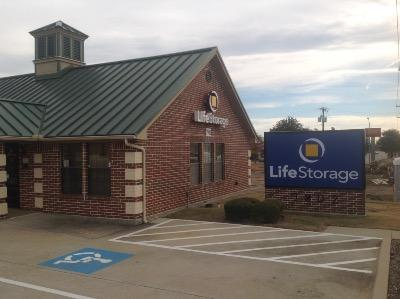Life Storage Buildings at 7902 Denton Hwy in Watauga