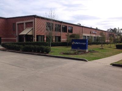 Life Storage Buildings at 2900 Mills Branch Dr in Kingwood