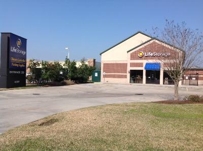 Life Storage Buildings at 6603 Atascocita Rd in Humble