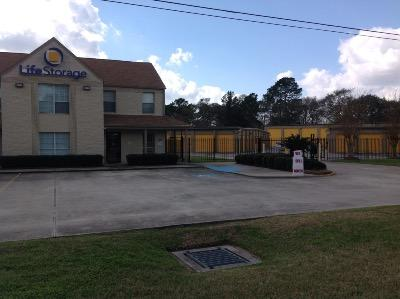 Life Storage Buildings at 6333 Spring Cypress Rd in Spring