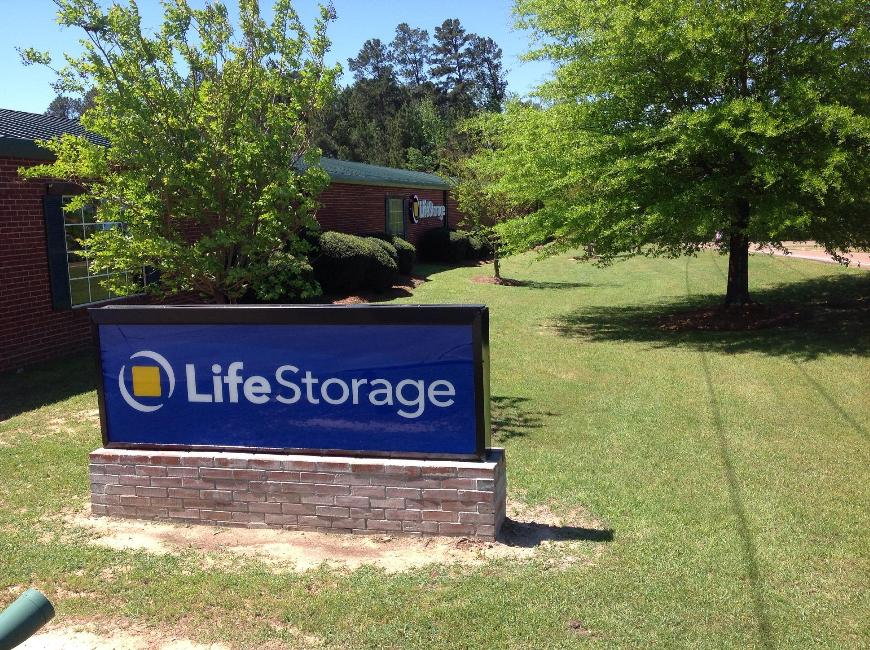 Storage units in Flowood near Jackson - Life Storage