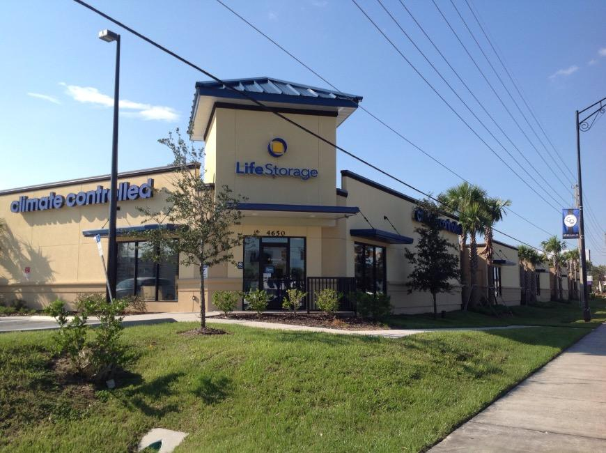 Storage Buildings At Life 4650 S Semoran Boulevard In Orlando