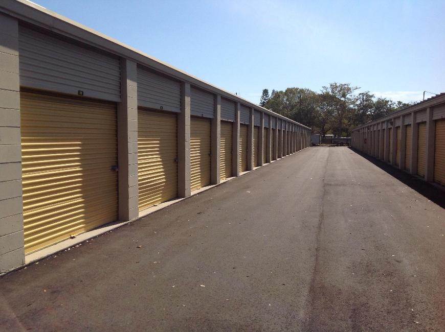 Storage Units For At Life 7550 W Waters Ave In Tampa