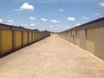 Storage Units for rent at Life Storage at 1105 N Little School Rd in Arlington