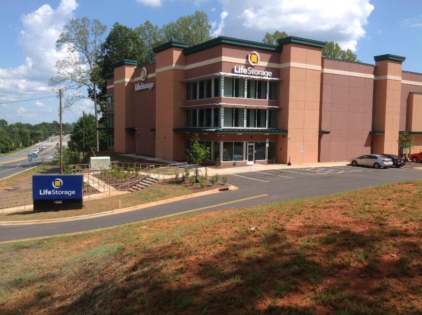 Storage Units In Charlotte Near University City North