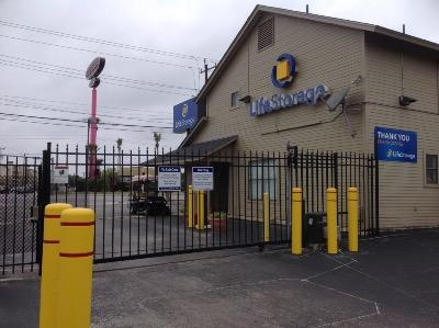 Miscellaneous Photograph of Life Storage at 8025 Culebra Road in San Antonio