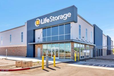 Self Storage Units At Life Storage Get Up To 1 Month Free