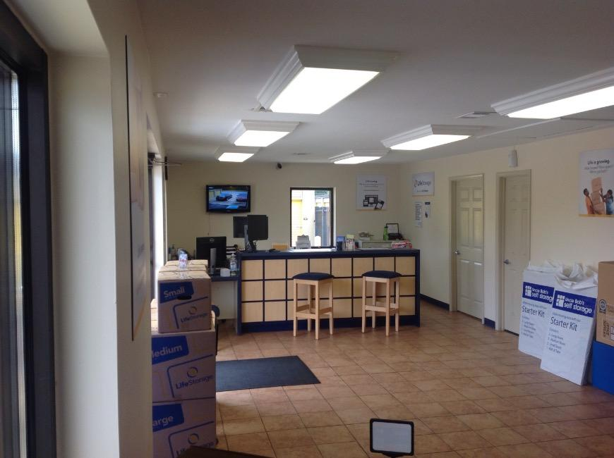 Life Storage Office At 1201 Coliseum Blvd In Montgomery