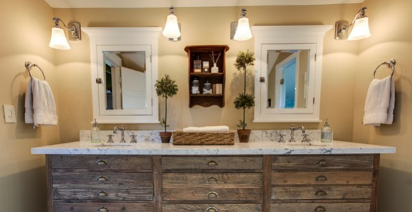 Ideas for Organizing Bathrooms and Linen Closets